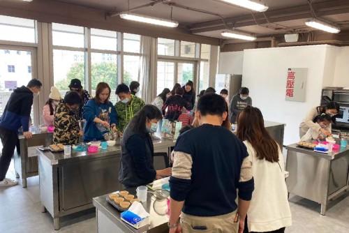 """【活動回顧】""""窩心Cupcake賀聖誕""""增親子和諧"""