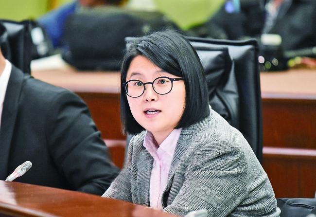 宋碧琪促請完善公職人員制度